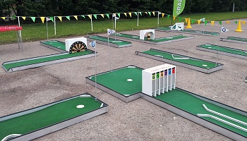 9 hole Crazy Golf course