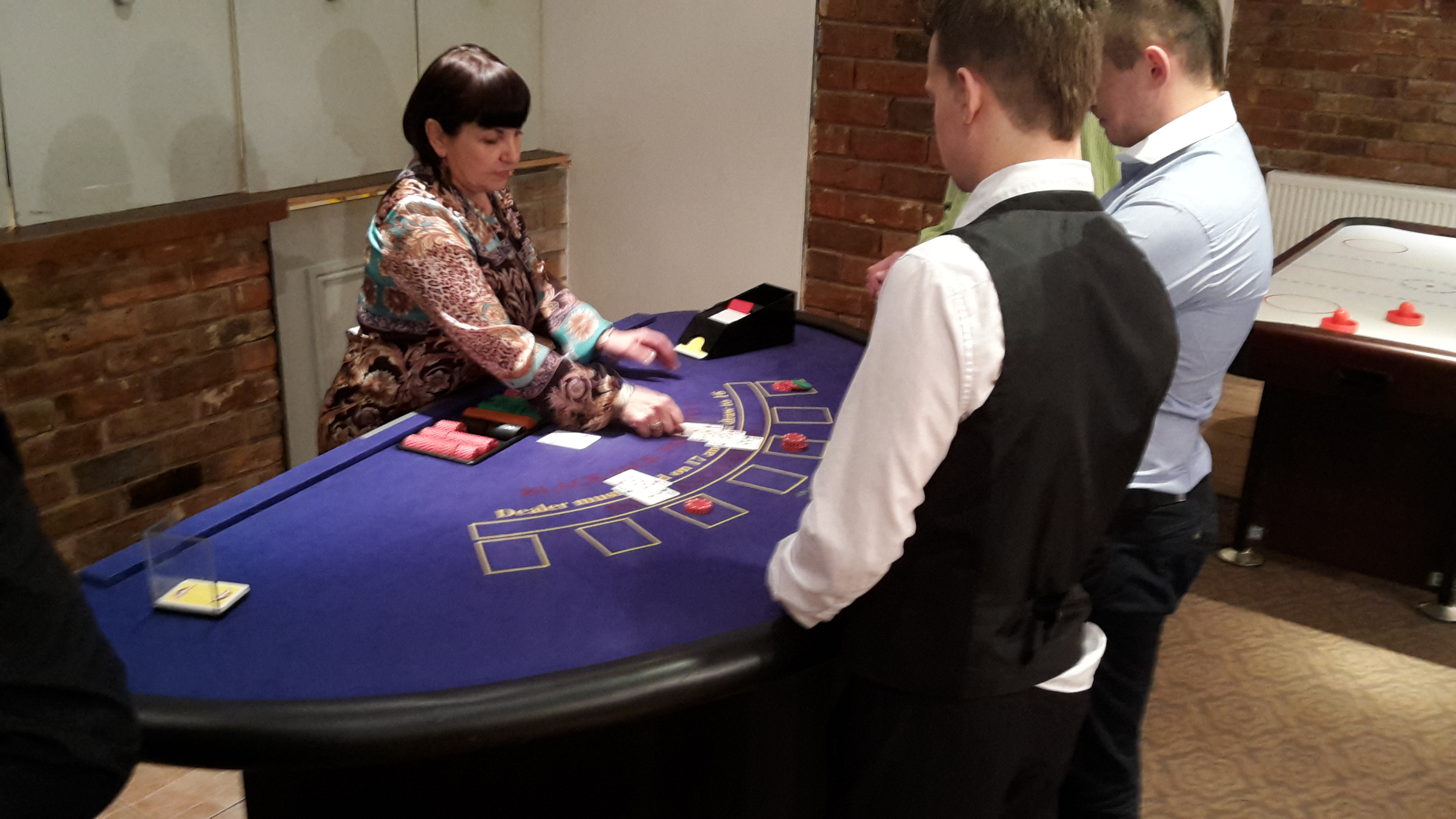 Roulette Casino Tables